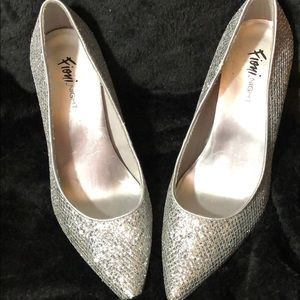 Fiona like new silver sparkle heels